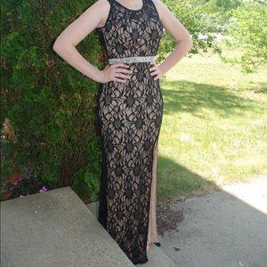 Dresses & Skirts - Prom Dress/Formal Black Dress